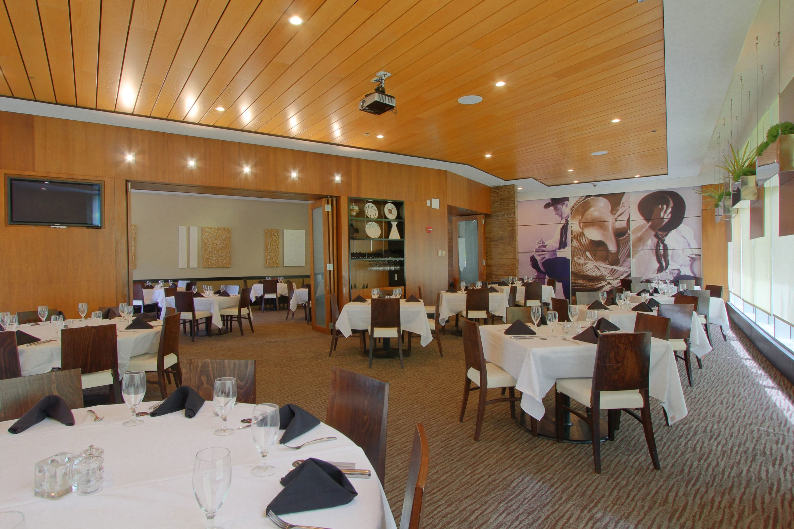 TYS_Private Dining with Doors Open